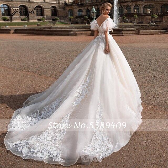 Traugel V Neck A Line Lace Wedding Dresses Applique Off Shoulder Backless Flower Bride Dresses Long Train Bridal Gown Plus Size 2