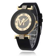 2019 New Ladies Fashion Casual Quartz Watch Women Crystal Silicone Digital