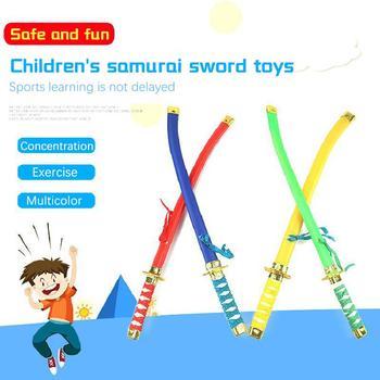 Dzieci Ninja miecz samuraja gadżety na Halloween zabawki noże samurajskie noże japoński Ninja noże plastikowe zabawki rekwizyty duży parasol tanie i dobre opinie DOYOQI Z tworzywa sztucznego CN (pochodzenie) 8-11 lat 12-15 lat Unisex 57*3CM odlew Kategoria miecza Plastic PE 57X3CM