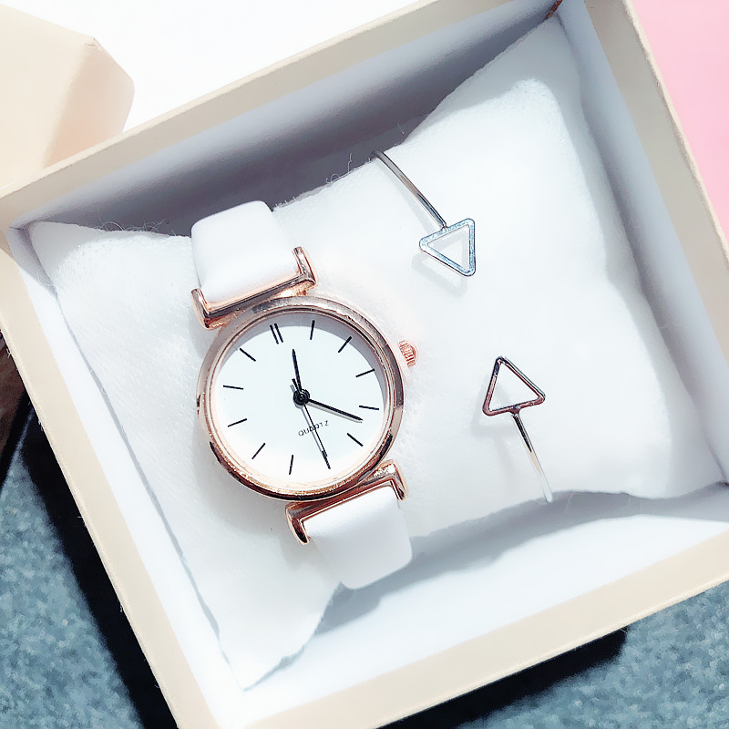 Simple Style Women Watches Vintage Fashion Leather Strap Gold Ladies Wrist Watch Small Dial Female Clock Gifts Relogio Feminino(China)