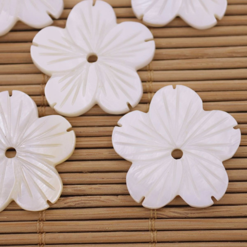 Купить с кэшбэком 5 PCS 27mm Shell Five Petals Flower Natural White Mother of Pearl Loose Beads