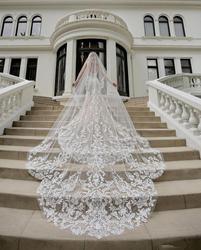 Luxe Kathedraal Lengte Bridal Veils 3m Lange Vestido De Noiva Longo Bruiloft Sluier Ivoor Of Witte Sluier Met Gratis kam