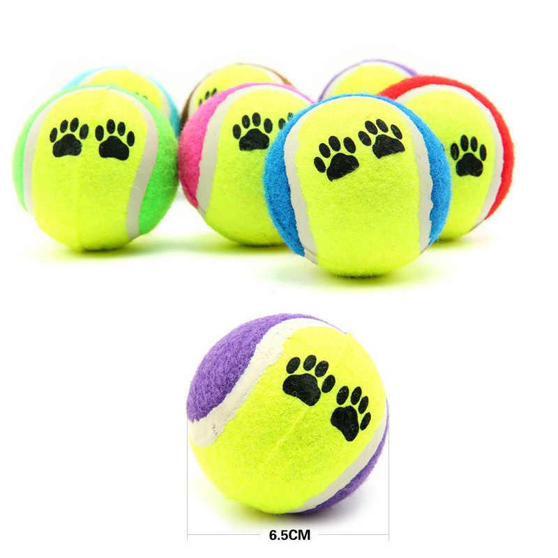 الحيوانات الأليفة لعبة الكرة رمي كرة التنس بصمة نمط الكلب رمي لعبة الكلب التدريب الكرة