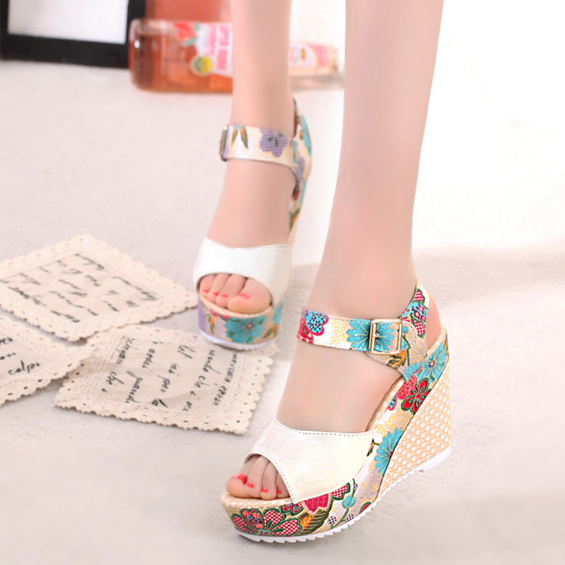 2018-Women-Sandals-Summer-Platform-Wedges-Casual-Shoes-Woman-Floral-Super-High-Heels-Open-Toe-Slippers (2)