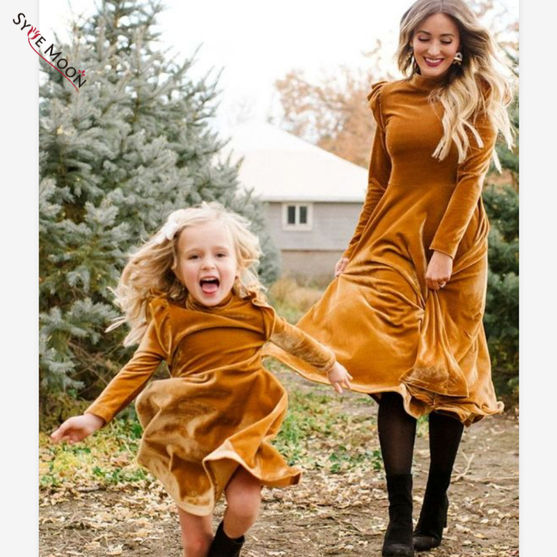 Autumn Winter Mother Daughter Dress Long Sleeve Velvet Thicken Dress To Girl Fashion New Princess Dress Family Matching Outfits