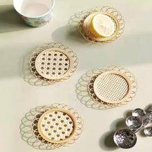 Posavasos tejido de bambú hecho a mano, taza de té hueca de bambú Natural, posavasos tejido Vintage con forma de flor, decoración de mesa de diseño hueco, 1 Uds.