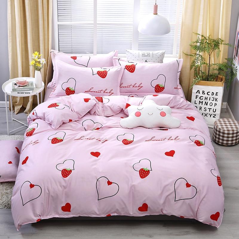 4pcs Kawaii Strawberry Pink Queen Size Bedding Set  2