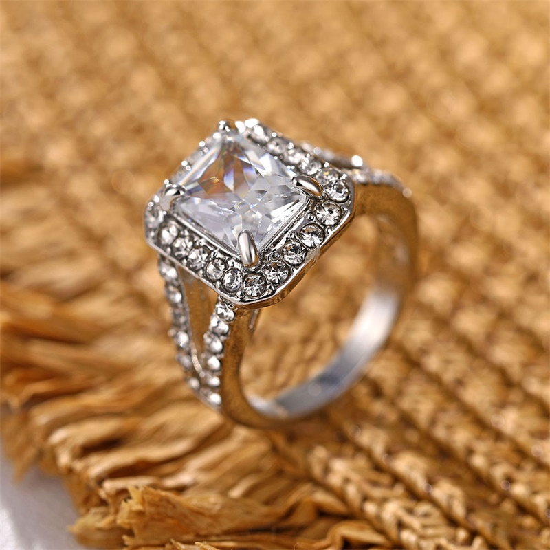 17IF Luxury Zircon Engagement Ring Female Square Geometry AAA Zircon Austria Crystal Romantic Wedding Rings For