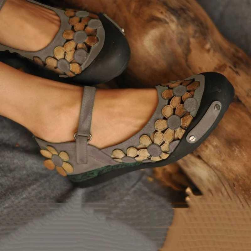 2019 kadın düz sandalet çiçekler yaz dantel Up akın sandalet kadın hafif rahat ayakkabılar düğün nefes kadın ayakkabı