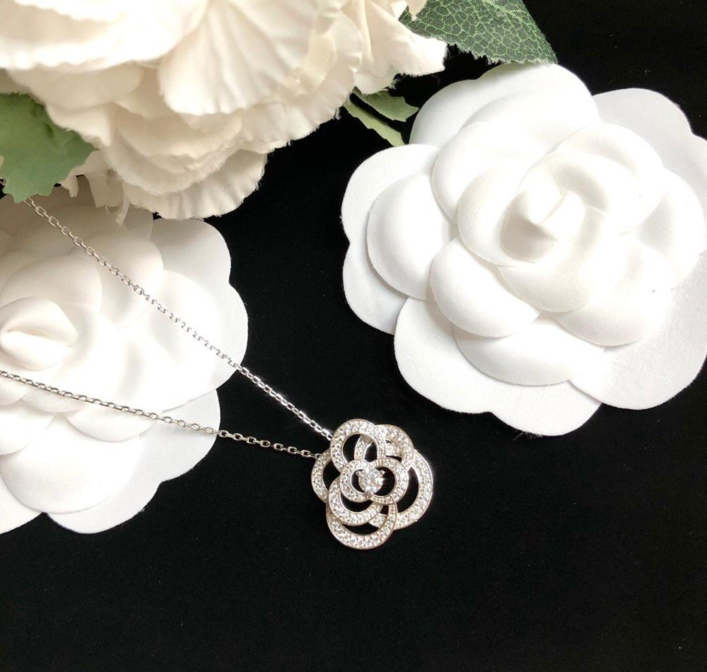 Brand Pure 925 Sterling Silver Jewelry For Women Lotus Flower Neckalce Flower Pendant Luck Clover Sakura Wedding Party Necklace