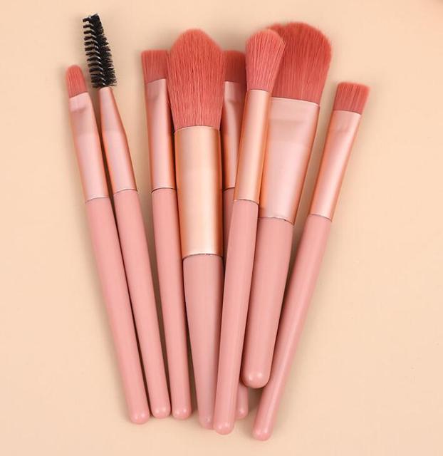 8pcs Mini Matte Makeup Brushes Set Wooden Handle Eyeshadow Eyebrow Foundation Blush Loose powder Lips Face Makeup Tools 3