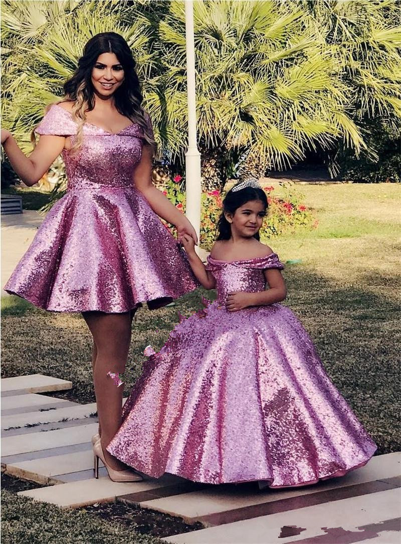 Pink Sequined Ball Gown Mother and Daughter Dresses 2020 Off Shoulder Plus Size Cheap Family Matching Formal Prom Party Gowns
