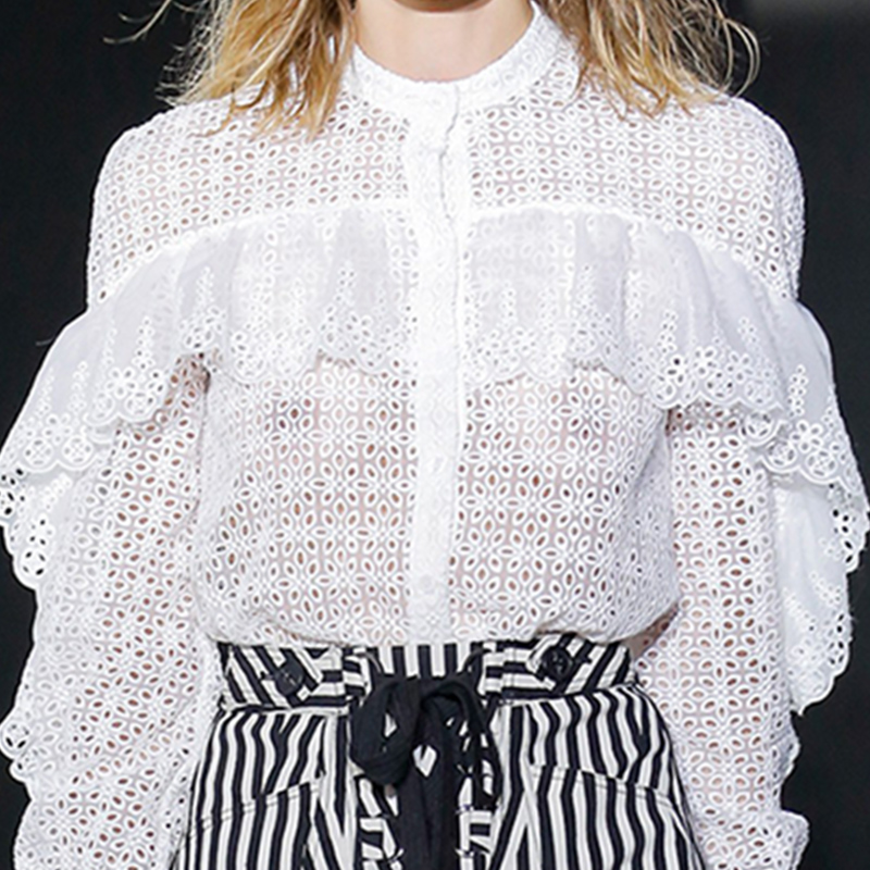Дизайнер подиума весна осень женский комплект длинный рукав выдалбливают Кружева белая блуза топ и полосатые дизайнерские шорты модные костюмы - 3