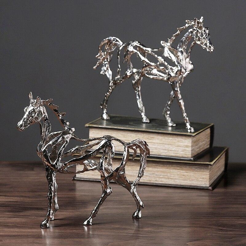 Modern Creative Sculpture Hollow Horse Shape Decoration Living Room Decoration Cabinet Art Furnishings Just6F