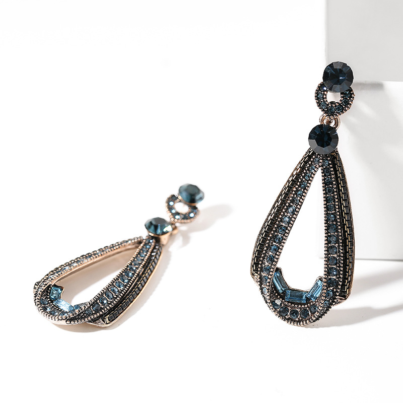 Fashion Long Tassel Full Rhinestone Drop Earrings for Women luxury Shiny Water Drop Crystal Dangle Earrings Jewelry Gifts