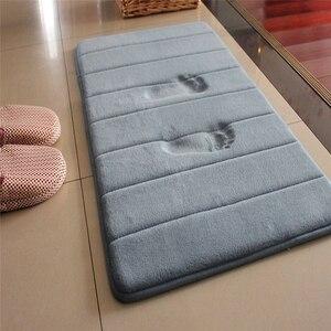 Image 1 - 1PC 40x60cm 홈 목욕 매트 미끄럼 방지 욕실 카펫 소프트 산호 양털 메모리 폼 깔개 매트 주방 화장실 바닥 장식