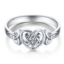 Simple Women Carved Hollow Love Heart Knot Finger Ring Party Jewelry(China)