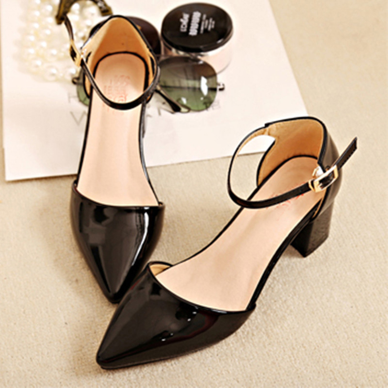 Image 3 - European style sandals female 2018 new word buckle thick with single shoes Womens pumps  small size 31 32 33 Baotou high heelsWomens Pumps   -
