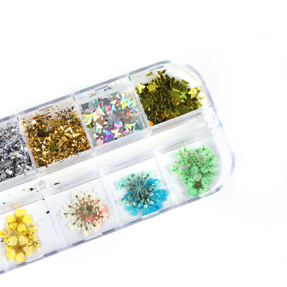 3D Dried Flower Nail Decoration 4