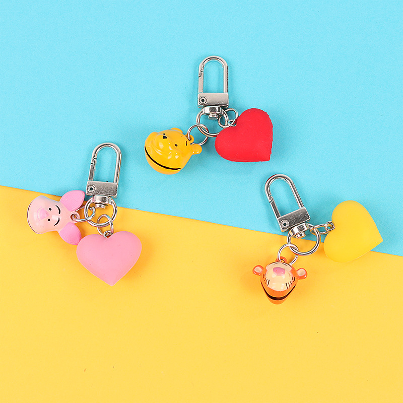 2020 Lovely Cartoon Big Eyes Keychain Winnie The Pooh Silica Gel Texture Key Ring Creative Activity Pendant Hardware Keychain