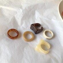 2021 nuova moda Vintage stampa anello in resina di grano quadrato anello a vento freddo anelli acrilici di colore avorio largo per regalo gioielli ragazza