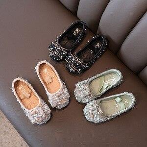 Детская модная обувь для девочек; Модельные туфли среднего и большого размера для детей; Туфли на плоской подошве со стразами и кристаллами;...