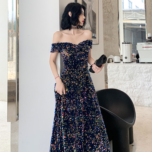 2019 New Listing Off-the-shoulder Sequin Evening Gown Long Paragraph Bridal Dress Fashion Party Temperament Elegant Prom Gowns 3