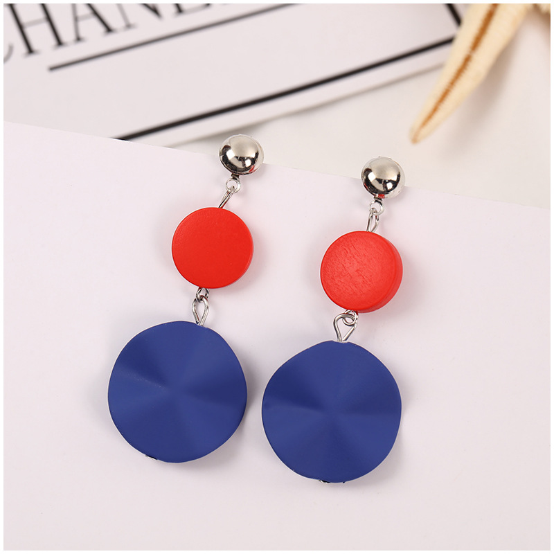 Trendy Wood Round Earrings for Women Fashion Korean Style Geometric Statement Gothic Vintage Earrings Wave Simple Jewelry