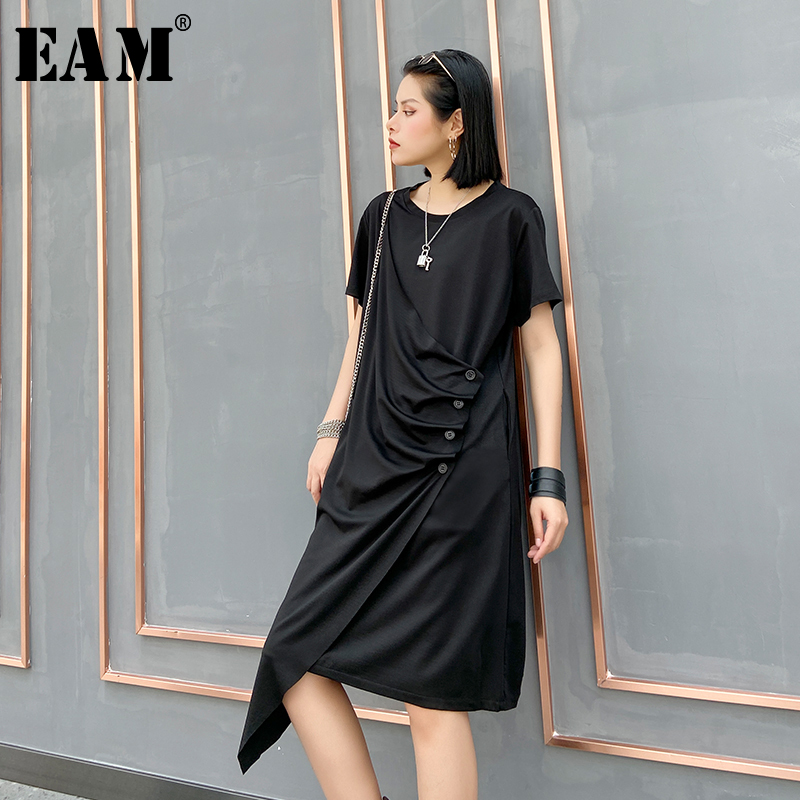 [EAM] Women Black Pleated Asymmetrical Long Dress New Round Neck Short Sleeve Loose Fit Fashion Tide Spring Summer 2020 1U071