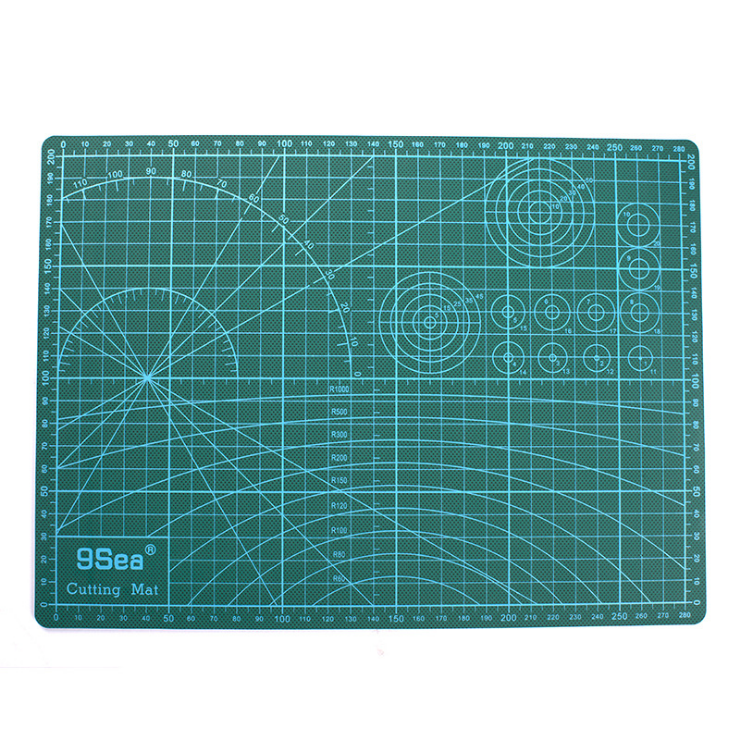 Random Sent PVC Cutting Mat Durable A4 Diy Pad Accessory 30*22cm Cutting Plate Handmade Cut Patchwork Tools