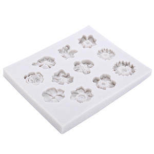 Silicone 11 Cavity 3D Flowers Mold Small Rose Flower Cake Mold For Fondant Cake Border