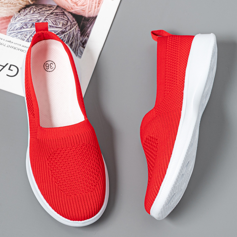 2021 Summer Women Shoes Knitting Sock Women's Sneakers Slip On Shoes Lightweight Flat Women's sports shoes Plus Size Loafers