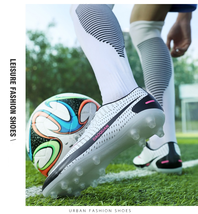 2021 New Arrival Men's Soccer Shoes Large Size Ultralight Football Boots Boys Sneakers Non-Slip AG/TF Soccer Cleats Ankle Boots
