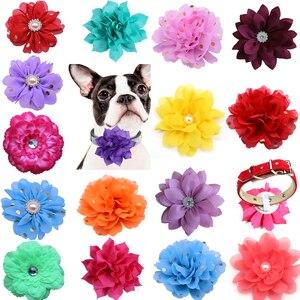 Image 1 - 100 adet köpek çiçek yaka bahar evcil hayvan ürünleri katlanabilir büyük köpek papyon yaka aksesuarları küçük köpek kedi yavrusu yaka takılar