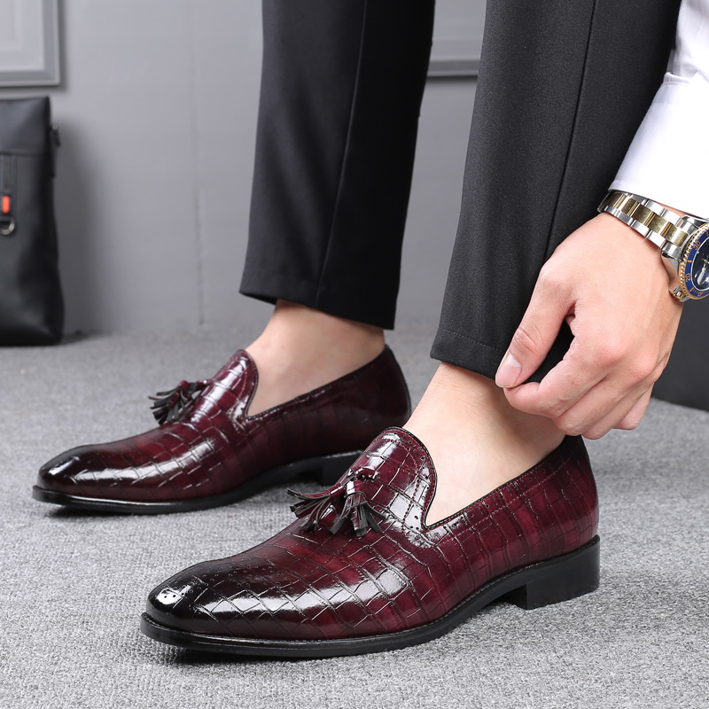 2020 Fashion Brand Men's Business Dress Shoes High-quality Breathable Tassel Man Shoes Night Club Party Dress Shoes Plus Size 48