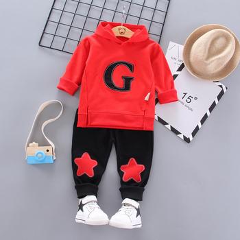 Ubrania dla dzieci garnitur dla dzieci przystojny jesień ubrania dla chłopców wiosenna z kapturem koszulki z literami dla dzieci spodnie sportowe 2 szt Niemowlęta odzież codzienna tanie i dobre opinie NoEnName_Null Moda CN (pochodzenie) Zestawy Swetry Kids set COTTON Unisex Pełna REGULAR Pasuje prawda na wymiar weź swój normalny rozmiar
