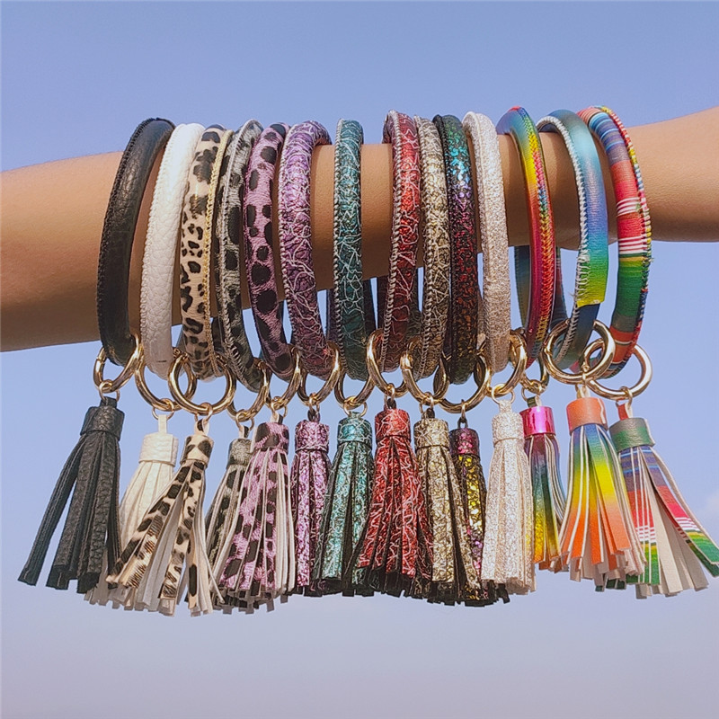 2019 Fashion Rainbow PU Leather Round Tassel Bracelet Keyring  For Women Trendy Big Circle Gringe Spot Keychain Accessories