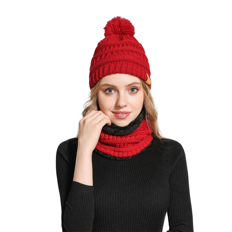 New Knitted Woman Hats Plus Velvet Thick Warm And Comfortable Woman Winter Caps Unisex Bib Two-piece Mask Slouchy Beanies Gorros