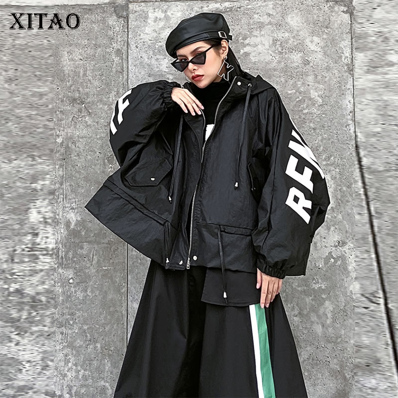 XITAO Tide Plus Size Jacket Vintage Black White Women Clothes 2020 Spring New Short Drawstring Pocket Match All Coat GCC3402