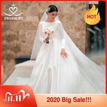 Moslim Satin A lijn Jurk Swanskirt WZ01 Elegant O hals Met Lange Mouwen Hof Trein Prinses Bruidsjurk Vestido De Novia