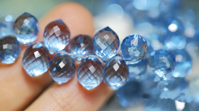 10pieces AA loose beads light LONDON BLUE quartz faceted for DIY jewelry making FPPJ wholesale beads nature(China)