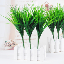 7-вилка зеленый искусственный пластиковая искусственная трава листья растений для Обручение Свадебные украшения дома клевер, растения стол декоры
