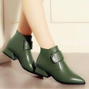 Image 2 - รองเท้าผู้หญิง 2020 ฤดูหนาวหรูหราแบรนด์ Retro สีเขียวผู้หญิงข้อเท้ารองเท้าบูทรองเท้าผู้หญิง PU รองเท้าหนังรองเท้าผู้หญิง Botines Mujer