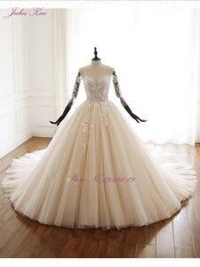Image 5 - Julia Kui uroda aplikacje przepiękna suknia balowa suknia ślubna w stylu Vintage koronki z kryształkami trzy czwarte zasznurować suknie ślubne