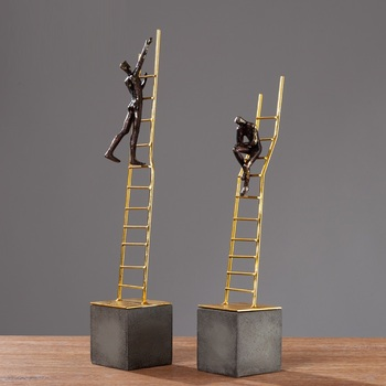 Silent Thinker Sitting On Gold Stairs Sculpture Ornament Abstract Thinker Figurines Desk Decor Home Decoration Accessories R3974