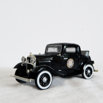 1/32 Scale Alloy Black Retro Model Vintage Car Static Model Metal Classic Die Cast Model Toy Car Collection Gift free shipping cellulose molecular model cellulose structure model c6h10o5 2 dls 2376 free shipping