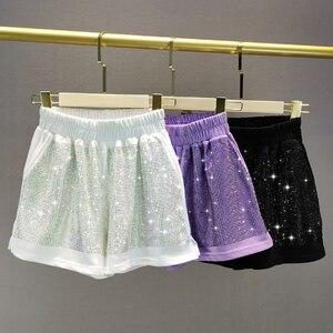 Pantalones cortos casuales de colores caramelo para mujer, pantalones cortos Ultra finos transpirables 2020, novedad de verano, pantalones cortos de pierna ancha con diamantes de imitación de colores pesados, ropa femenina