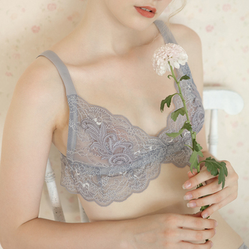 Brand French ultra-thin water-soluble flower bra set sexy lace underwear female suit triangle cup without steel ring large size