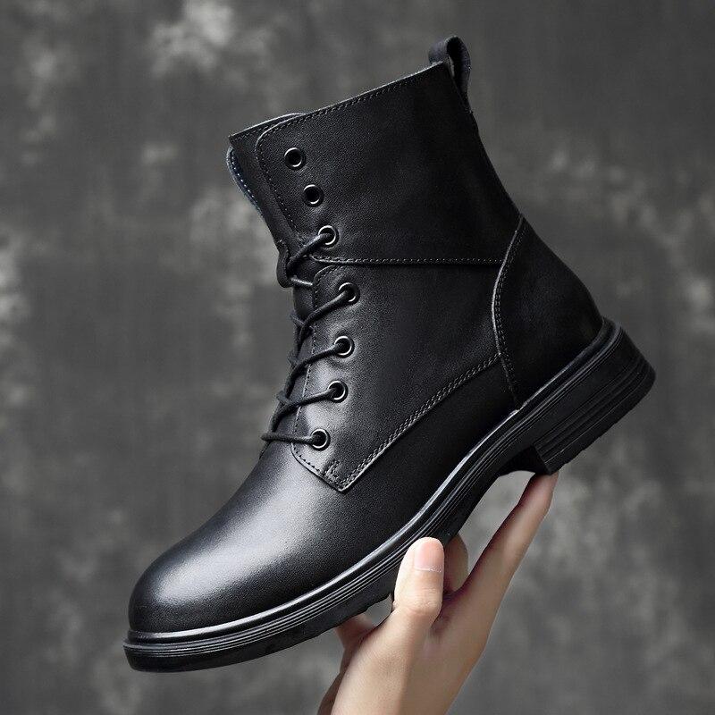 Grande taille hommes bottes chaudes haut-haut hommes bottes militaires Super qualité hiver hommes en cuir véritable bottes bois chaussures de terre 685