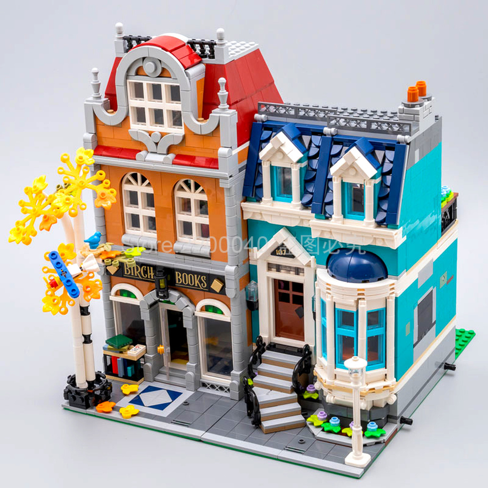 In stock <font><b>10270</b></font> 2524Pcs City Street view series Bookshop Model Building Blocks Bricks Block Toys Christmas Gifts 10201 image